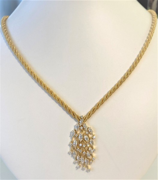 Wellendorff Collier 2,90 ct. Certified Pre-Owned